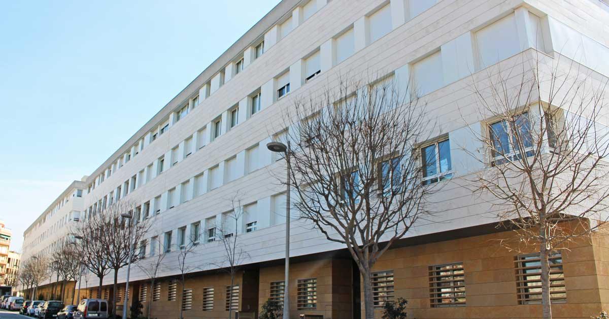 Tancaments en promoció residencial a Sant Feliu de Llobregat.