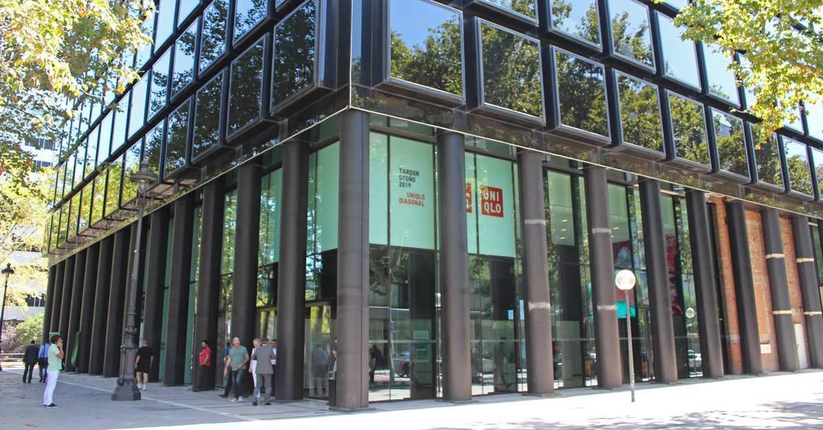 Treballs De Reforma De Centre Comercial A Barcelona