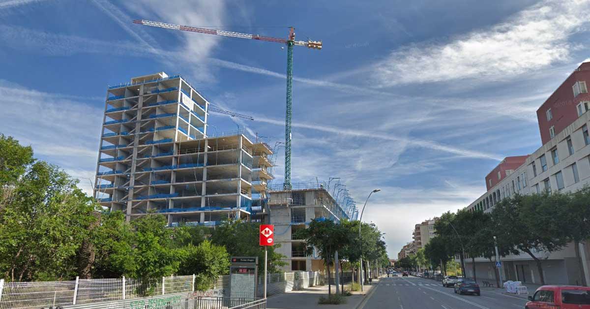 Cerramientos de aluminio y vidrio para edificio de viviendas ubicado en los terrenos de los antiguos cuarteles de Sant Andreu del Palomar, en Barcelona